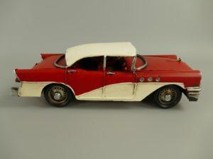 Auto rood antiek blik