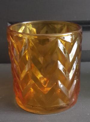 Waxine licht op standaard geel met visgraat motief