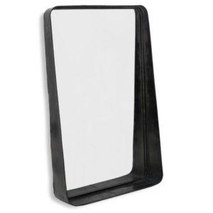 Spiegel met een stoere uitstraling