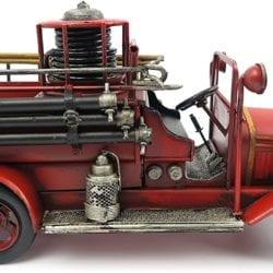 Metalen brandweerauto oldtimer.